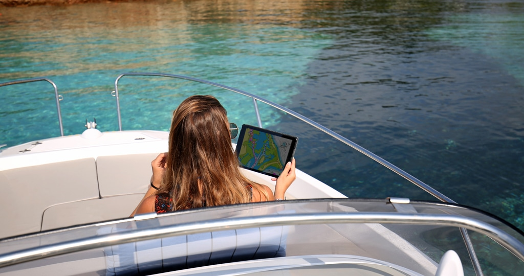 Get More from Your GPS Plotter with the Navionics Boating App